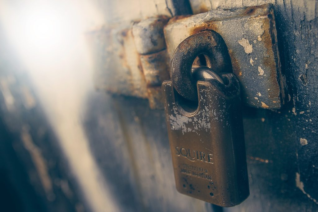Miksi käyttäisin SSL-varmennetta - Google Chrome-selain korostaa SSL-sertifikaatin olemassaoloa tai sen puuttumista.